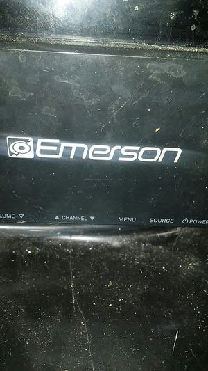 Emerson 32in flat screen tv for Sale in Wautoma, WI