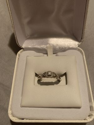 1/3 Carat Diamond Ring for Sale in Davenport, IA