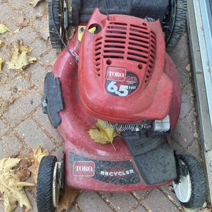 Toro Lawnmower Comes With New Parts! for Sale in Elk Grove, CA