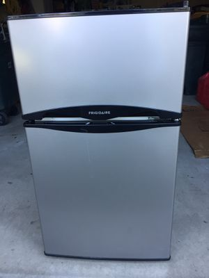 Nearly new 3.1 Cu ft Frigidaire Freezer/Refrigerator. Used 3 months. Paid $259.00. Sell for $175.00 for Sale in Lewisburg, PA