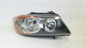 2006 2007 2008 BMW 3 Series Headlight for Sale in Compton, CA