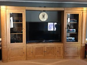 Large, sturdy and in great shape entertainment center, coffee table and end table set for Sale in Fairfax, VA