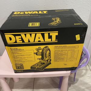 "DEWALT NEW!!! Dewalt 14"" Table Saw / Multi Cutter Model#: DW872 for Sale in Hialeah, FL"