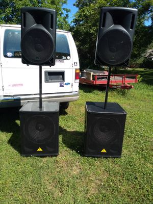 Powered PA system speakers. 18 inch subs!!! for Sale in Nashville, TN