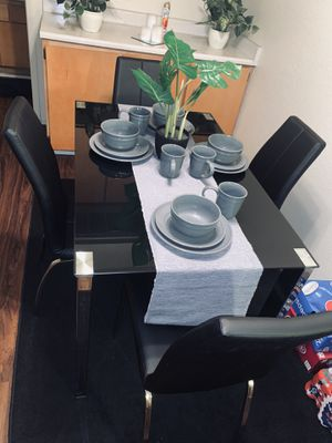 In awesome condition Kitchen table with chairs included only had for 3 months ! for Sale in Bakersfield, CA