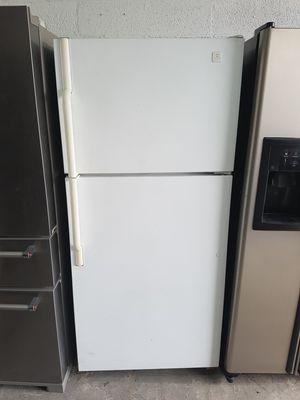 Top mount refrigerator for Sale in Miami, FL