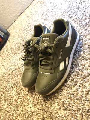 Reebok' Classic Suede for Sale in Euless, TX