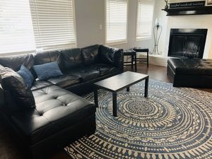 Black sectional with a ottoman and two stools for Sale in Mesquite, TX
