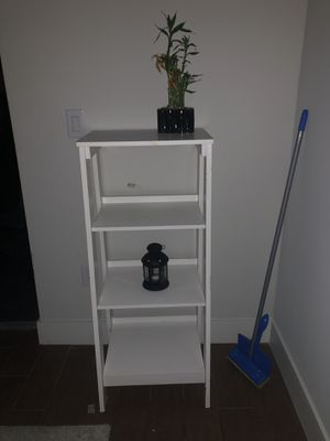 """White Wooden book stand or decorative shelving. 46""""h x 26"""" w for Sale in Deerfield Beach, FL"""