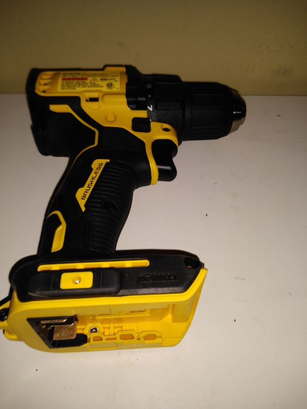 DeWalt Atomic compact series 20 volt brushless drill.tool only....firm...