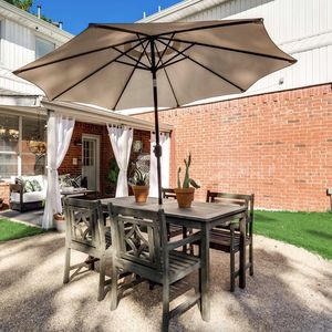 5pc Outdoor Furniture /9ft umbrella /stand/cover Included for Sale in Dallas, TX