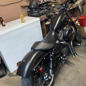 2015 Harley Davidson sporters 883 iron for Sale in Philadelphia, PA