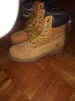 Price drop! Wheat colored Timberland boots, size 10.5 for Sale in Charlotte, NC