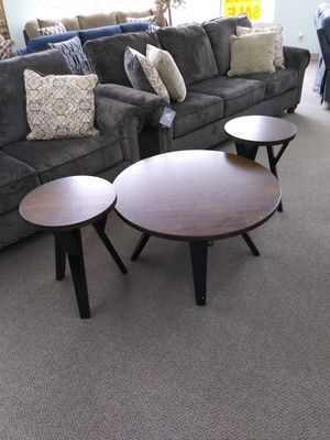 3pcs coffee table for Sale in Cleveland, OH