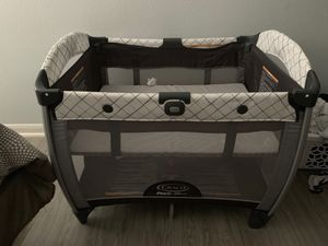 Graco play pin for Sale in Houston, TX