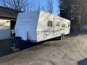 2005 forest river flagstaff 27' for Sale in Durham, CT