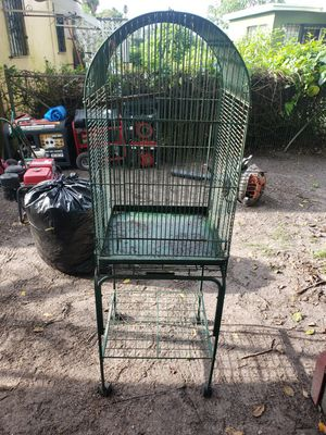 "Bird cage in good condition 20"" wide x 34"" high x 20"" deep for Sale in North Miami, FL"