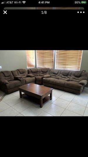 Sectional couch, 3 piece, reclining for Sale in Corona, CA