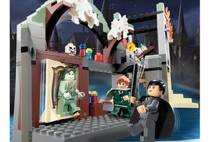 Lego - Harry Potter - 4752 - Professor Lupin's Classroom for Sale in Las Vegas, NV