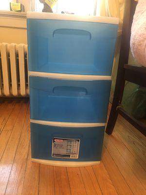 Plastic blue Sterilite three drawers for Sale in Evanston, IL