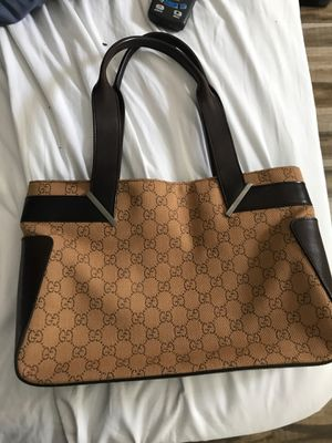 Gucci hand bag for Sale in Los Angeles, CA