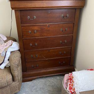 Beautiful Dresser 150$ for Sale in Battle Ground, WA