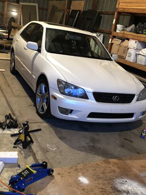 Lexus is300 for Sale in Lewis Center, OH