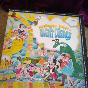 Vintage 1972 The Wonderful Fantasy of Walt Disney Vinyl for Sale in Austin, TX