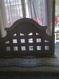 Gray And White Bench with Cushion for Sale in Puyallup,  WA