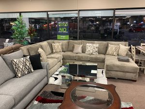 Custom-made couch sectional on sale @ elegant Furniture 🛋🎈 for Sale in Fresno, CA
