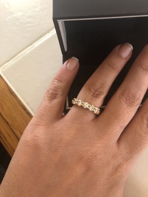 18k 1 CTW ring size 5.5 for Sale in McLean, VA