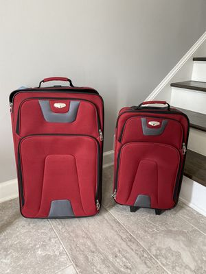2 travel luggage for Sale in Herndon, VA