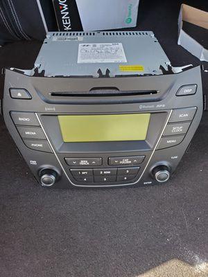 Hyundai santa fe OEM radio for Sale in Jacksonville, FL