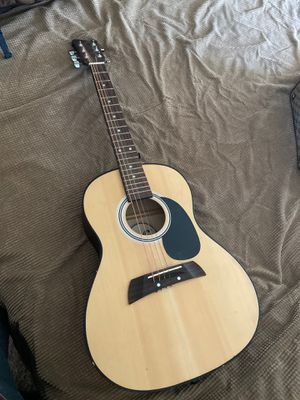 Guitar for Sale in Fresno, CA
