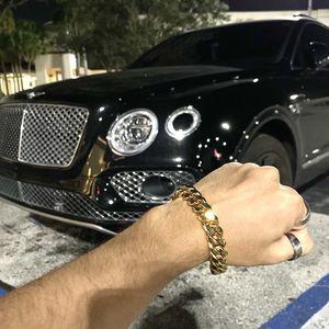 CUBAN LINK BRACELET 18K GOLD MADE IN ITALY for Sale in North Bay Village, FL