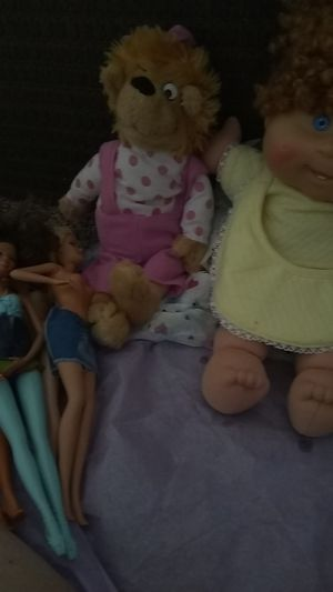 Dolls needs clothes for Sale in Lincoln, NE