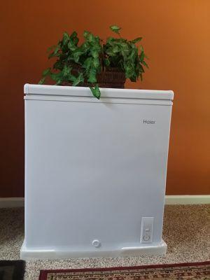 Deep freezer for Sale in Marietta, GA