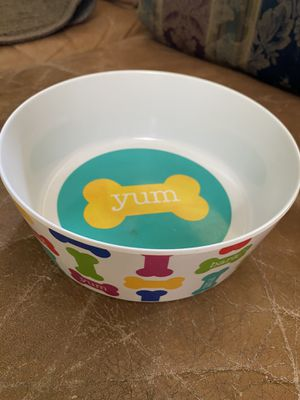 Brand new plastic pet eating bowl food/water for Sale in Fresno, CA