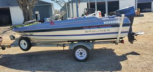 Bayliner Bass Striker 1987. Runs good, no leaks or issues. Boat is serviced for winter storage for Sale in Palatine, IL