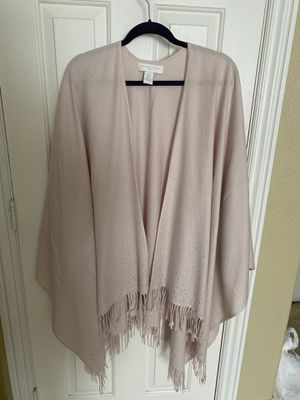 Beautiful Blush cape/shawl with silver studs & fringe, never worn, Adrienne Vitadini, fits plus size too for Sale in Henderson, NV