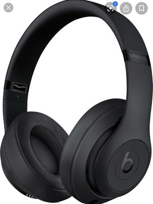 All Black Beats Solo Headphones for Sale in Hialeah, FL
