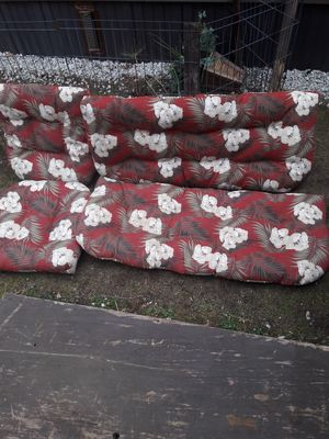 Outdoor Cushions floral for Sale in Coventry, RI