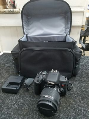 CANON DIGITAL CAMERA - MODEL # EOS REBEL T6i for Sale in Clearwater, FL