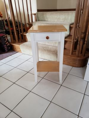 White Accent Table for Sale in Orland Park, IL
