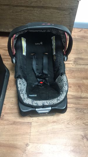 Infant car seat for Sale in Colorado Springs, CO