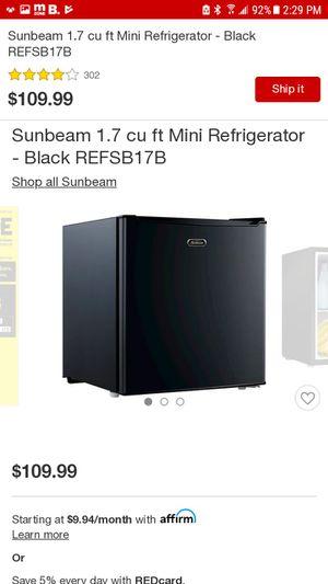 Sumbeam mini refridgerator 1.7 for Sale in Montebello, CA