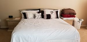 Queen/king bedroom price to sell for Sale in Frederick, MD