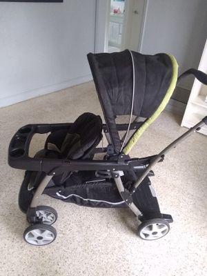 Graco kid double stroller for Sale in Orlando, FL
