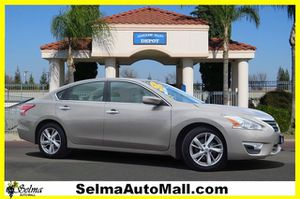 2013 Nissan Altima for Sale in Selma, CA