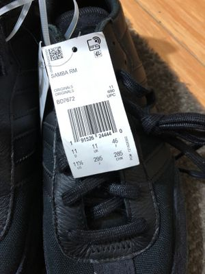 Adidas size 11 half new for Sale in San Leandro, CA